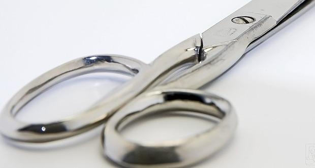 scissors-1126805_640